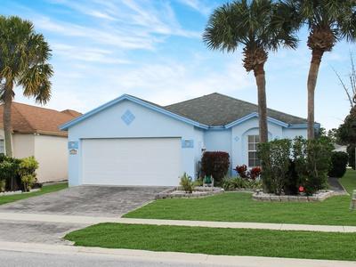 6109 Azalea Cir West Palm Beach, FL 33415