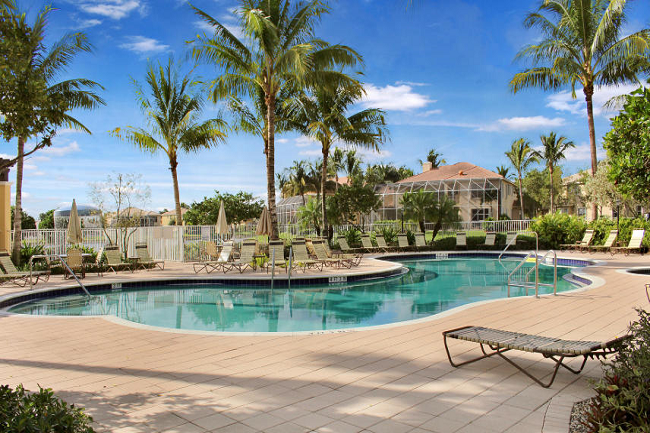 Isola Bella Estates Community Pool