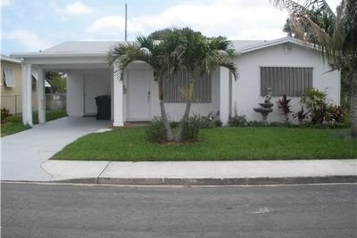 1702 N J Terrace, Lake Worth, FL 33460