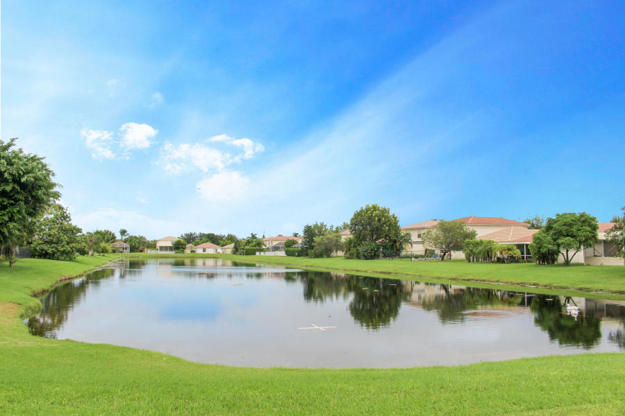 6597 Country Winds Cove, Lake Worth, 33463