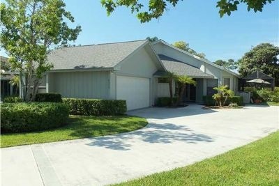 6315 SE Ames Way, Hobe Sound, FL 33455
