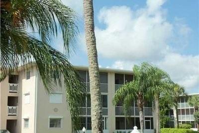 2724 S Garden Drive 301, Lake Worth, FL 33461