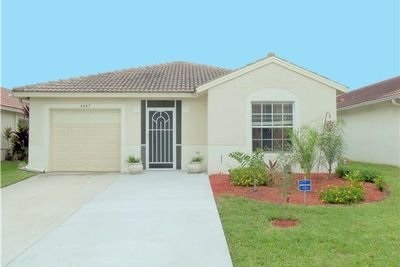 6647 Spring Garden Run, Lake Worth, FL 33463