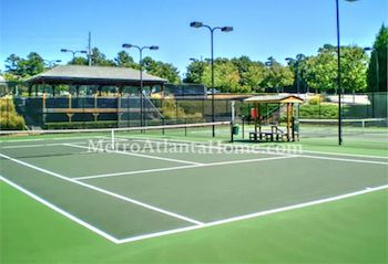The tennis courts and neighborhood amenities at Berkeley Hills in Duluth.