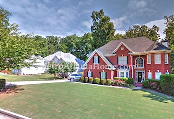 Residential real estate located in the Norcross Hills neighborhood.