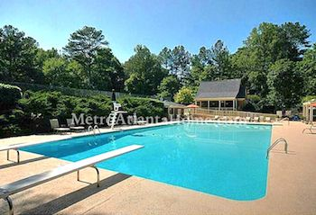 The neighborhood pool and amenities at Northcliff in Roswell, GA.