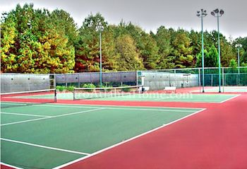 The tennis courts and neighborhood amenities at River Station in Peachtree Corners, GA.