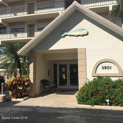 Main Entry To Castaway Cove Condo Complex