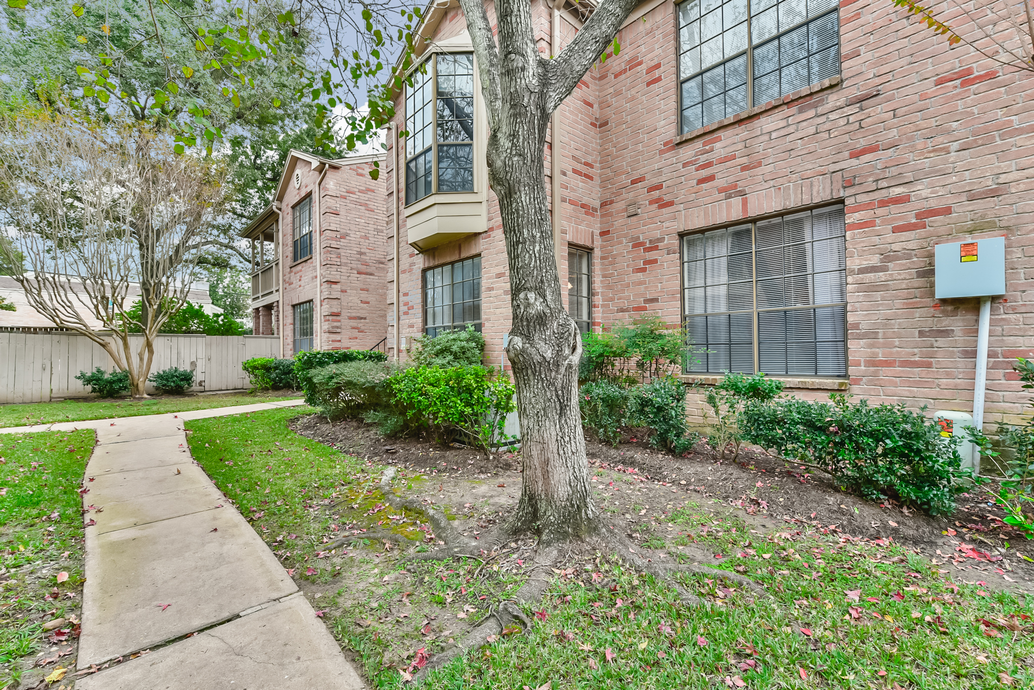 Braeswood Park Medical Center Condo for Sale