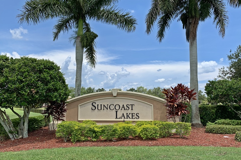 Suncoast Lakes Homes for Sale