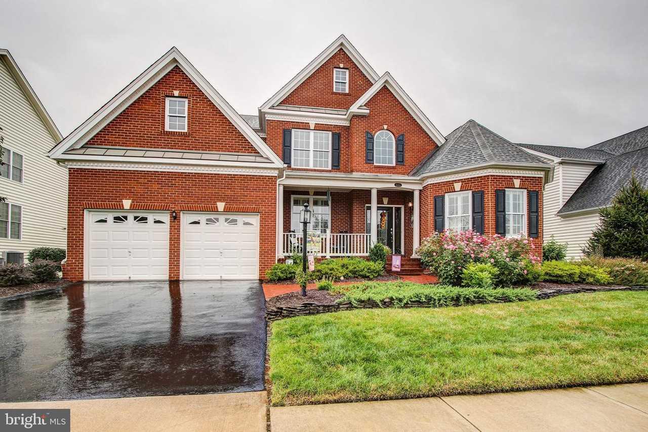 15454 Admiral Baker Circle Home For Sale in Haymarket, VA