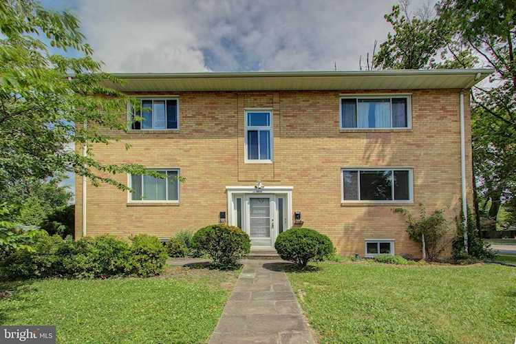 Home for sale at 3411 7th St S Arlington, VA 22204