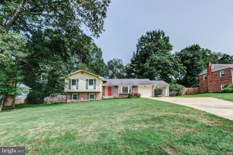 8120 Bard Street home for sale in Lorton, VA