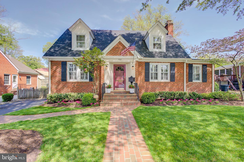 Home for sale at 9305 Battle Street, Manassas, VA  20110