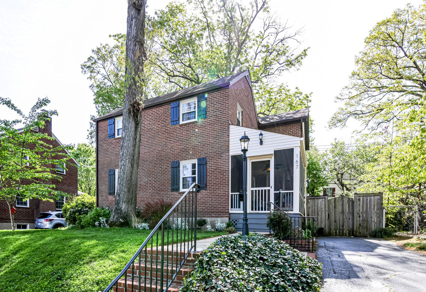 167 N Columbus St, Arlington- For Sale