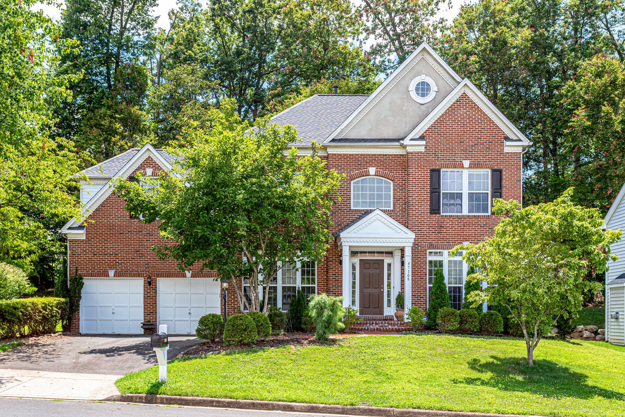 47109 Kentwell Place- For Sale