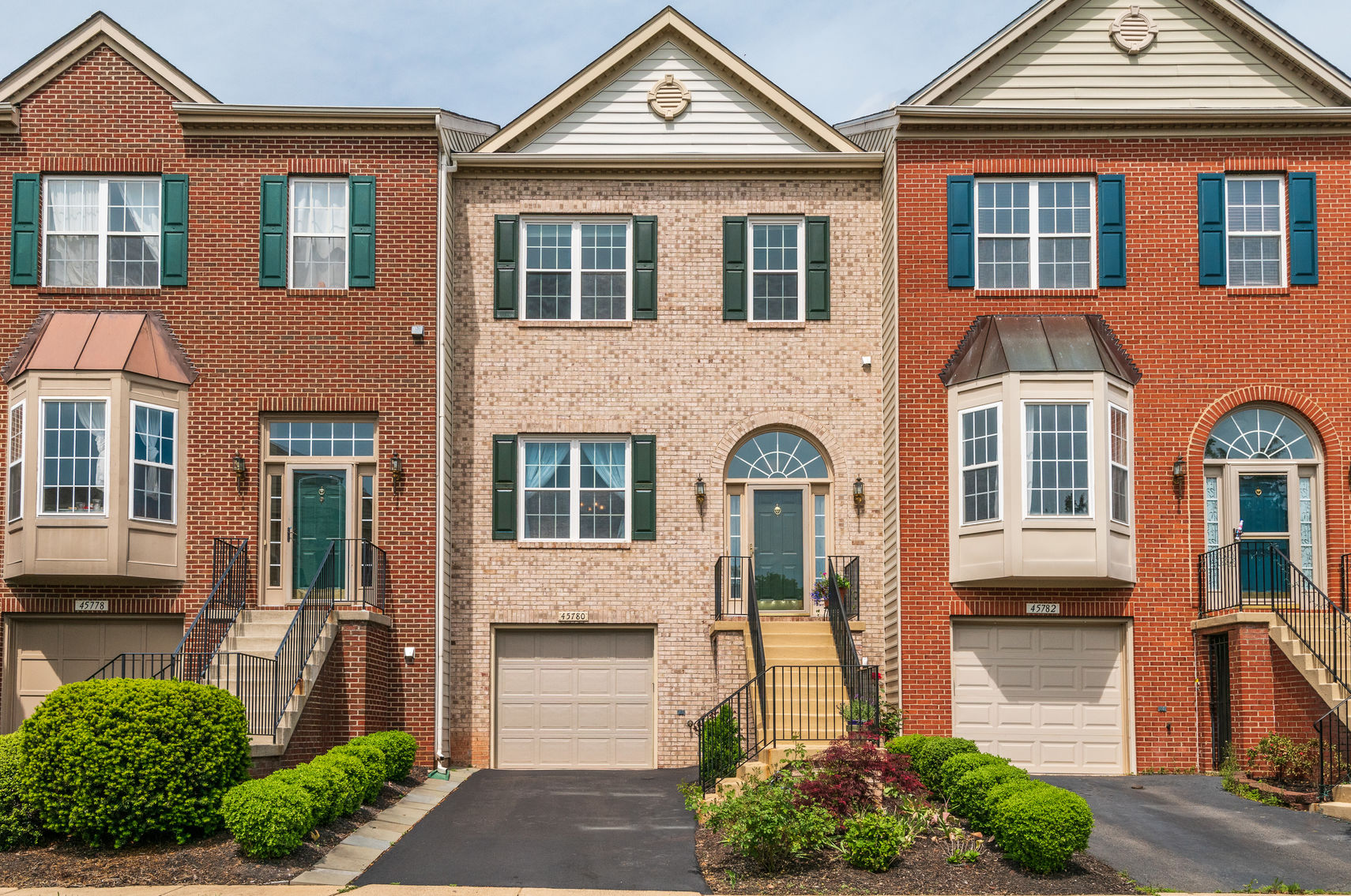 45780 Palace Ter, Sterling- For Sale
