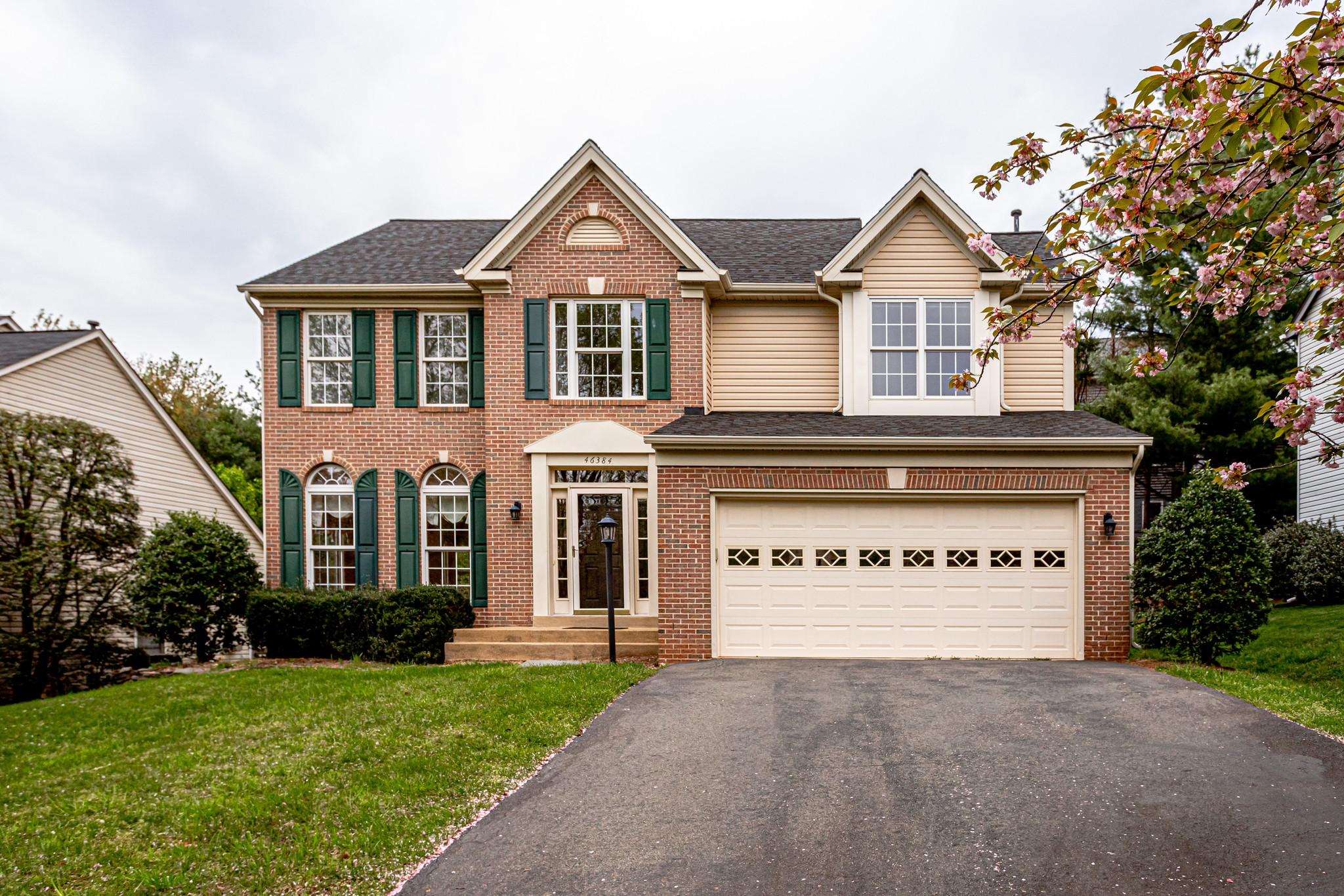 46384 Woodlake Pl, Sterling- For Sale