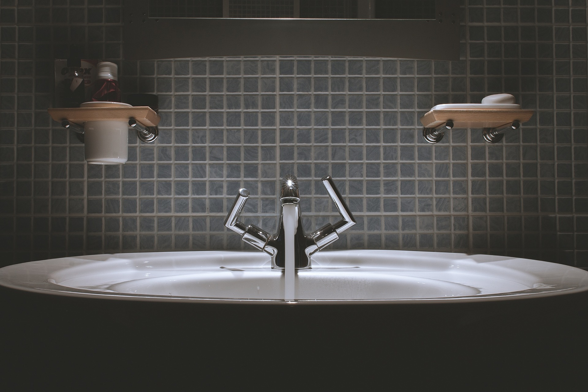 6 Things To Keep Out Of Your Bathroom