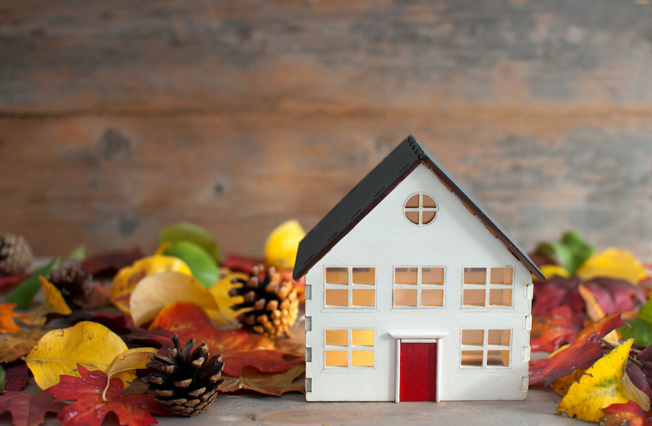 Tips for Listing and Selling a Home During the Autumn Months
