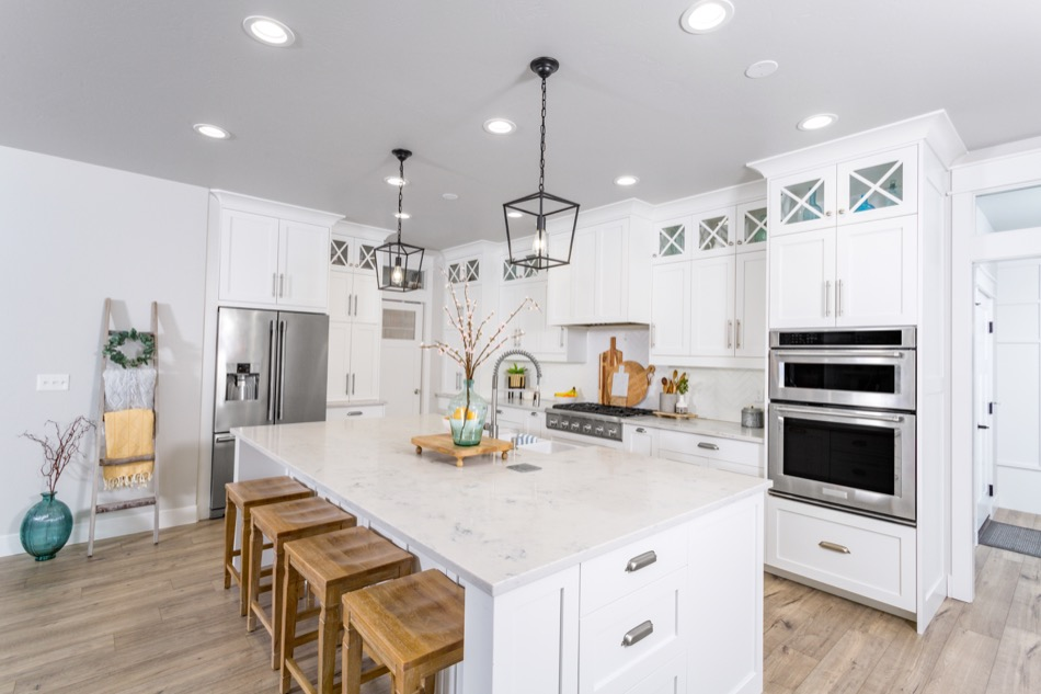 Popular Kitchen Flooring Options Homeowners Rave About