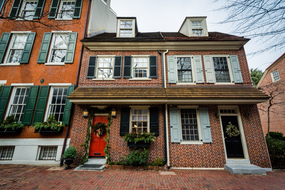Know What You're Getting Into Before You Buy a Historic Home