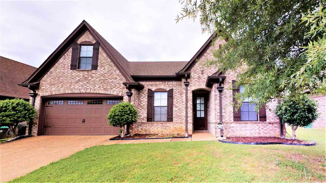 2703 Plum Creek
