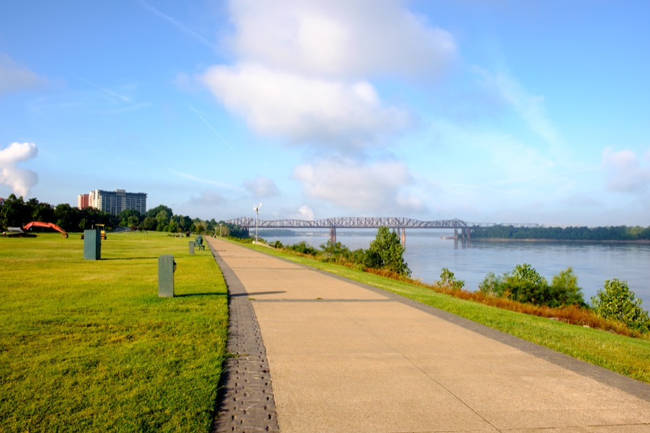 What Are the Best Outdoor Activities in Memphis, TN?