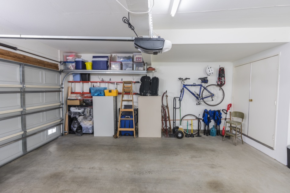 Four Great Steps to Cleaning Your Garage