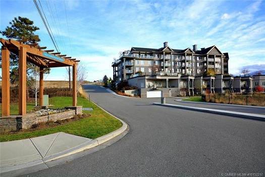 Lakewind Condos for Sale