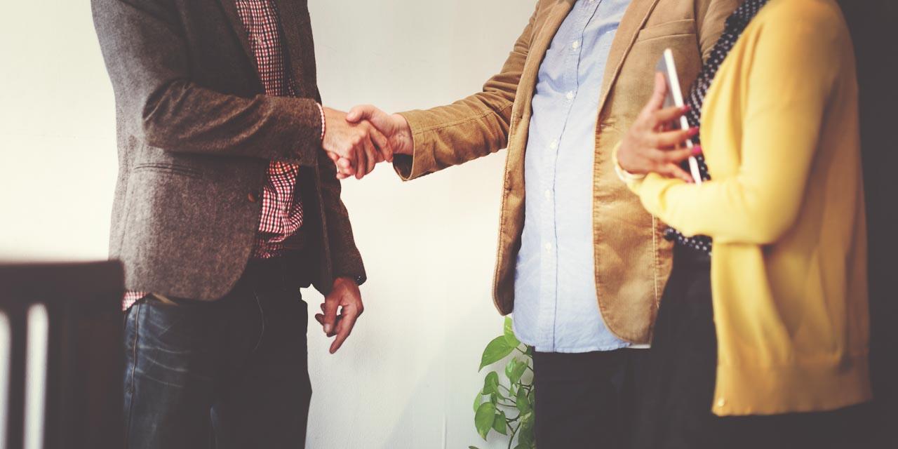 Gentlemen shaking hands