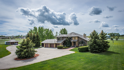 Calgary luxury home