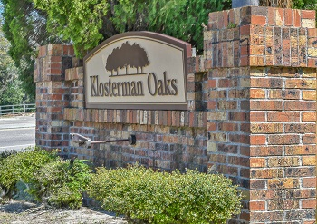 klosterman oaks sign