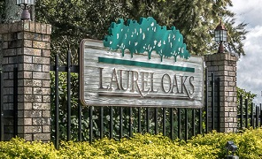 Laurel Oaks Sign