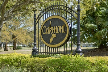 Oakmont Sign