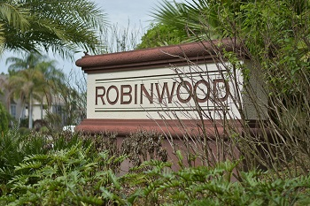 Robinwood Lansbrook sign