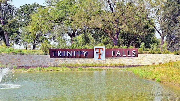 trinity-falls-new-homes-in-mckinney-entrance