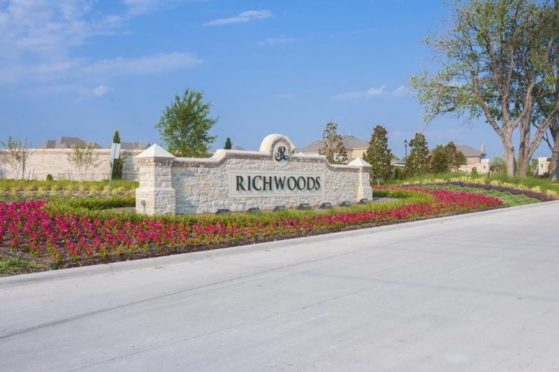 The entrance of Richwoods in Frisco