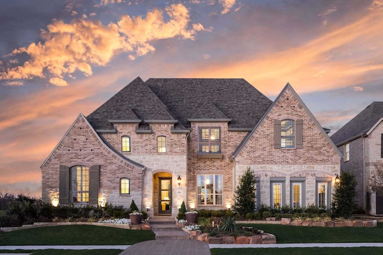 Highland Homes Model in The Grove of Frisco