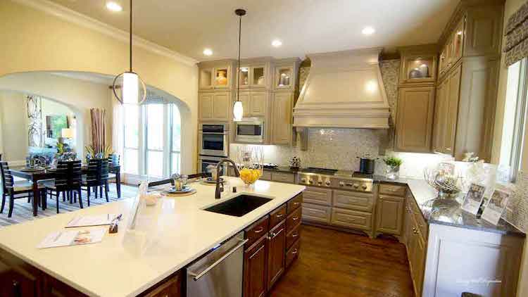 Darling Homes In The Fairways Kitchen