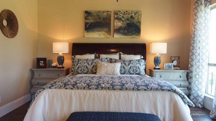Darling Homes In The Fairways Bedroom