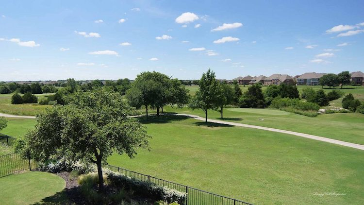 Darling Homes In The Fairways Golf Course