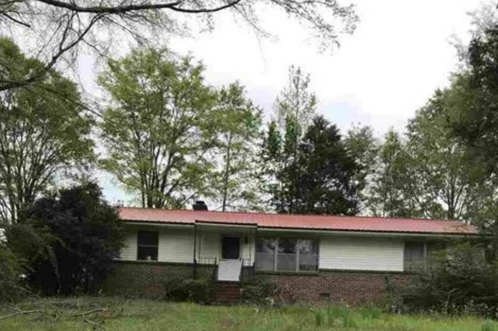 9268 County Road 15