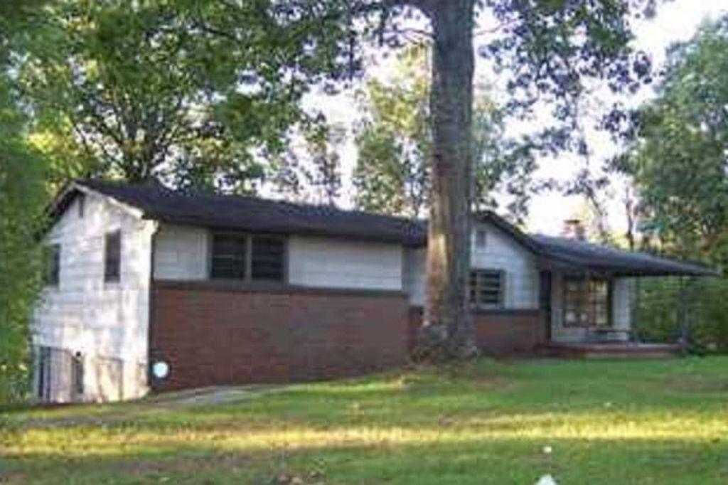 5295 Snowville Brent Road