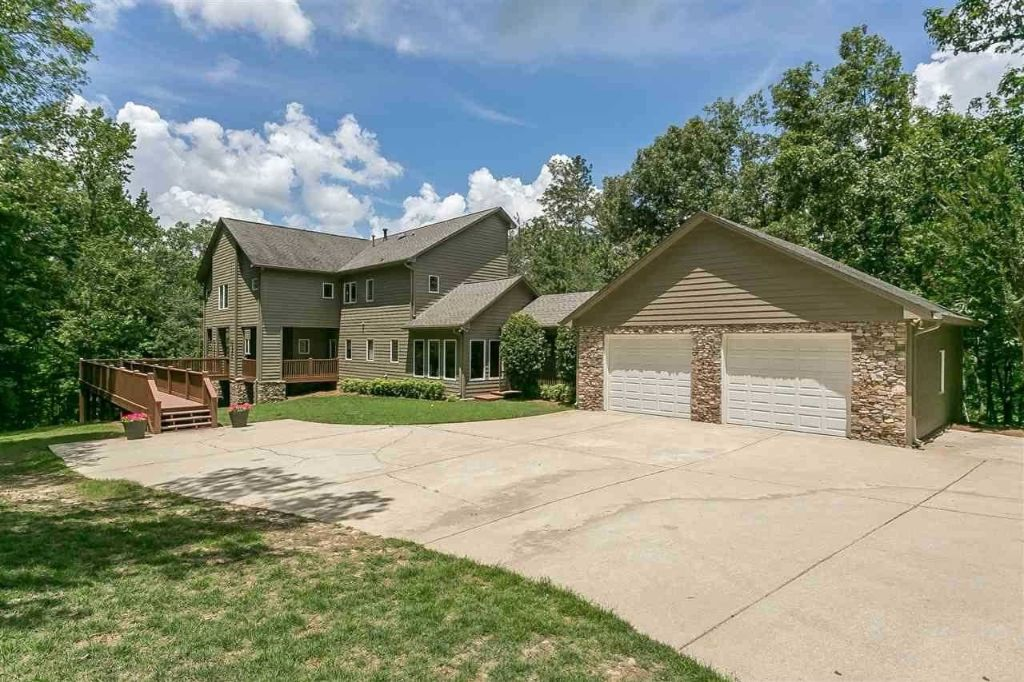 2775 Saddle Creek Trl
