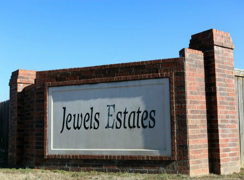 Entrance to Jewels Estates Subdivision in Greenbrier AR