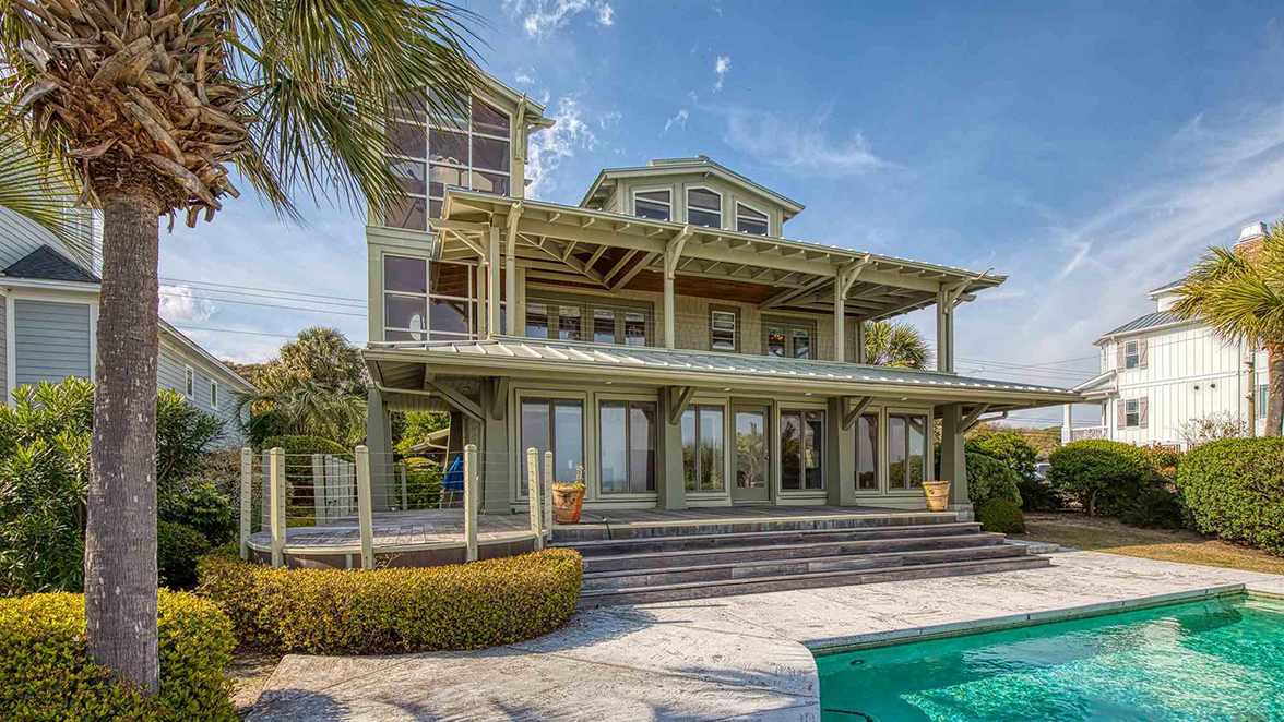 CRG Agent Top Five Oceanfront House For Sale