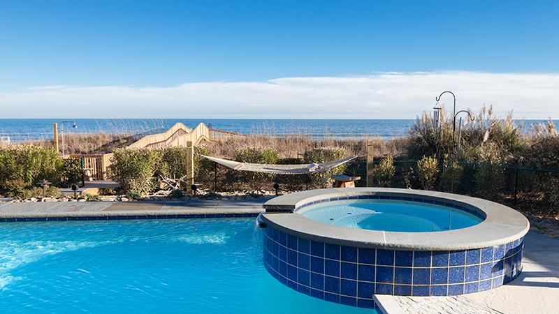 CRG Custom pool oceanfront