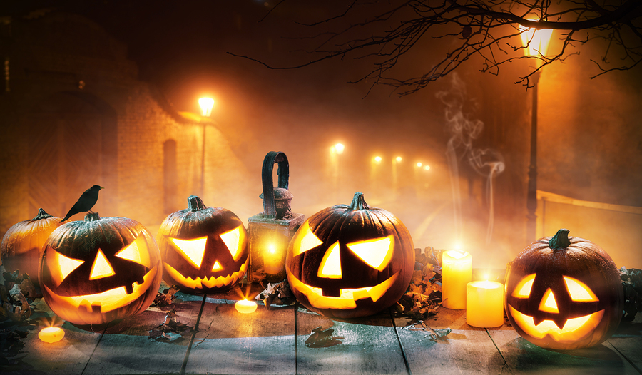 Be Amazed at the Pre-Lit Bash for the Jack O'Lantern Spectacular October 8