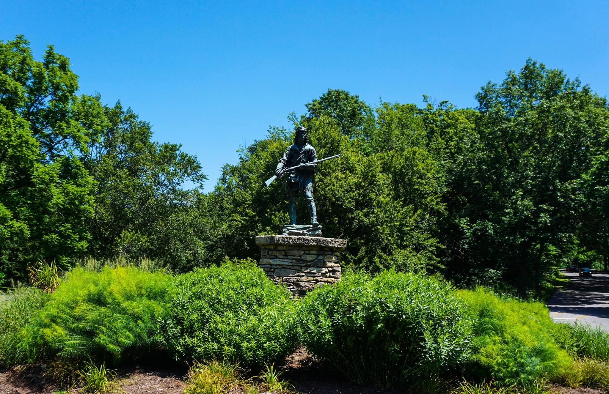 Daniel Boone Statue in Cherokee Park